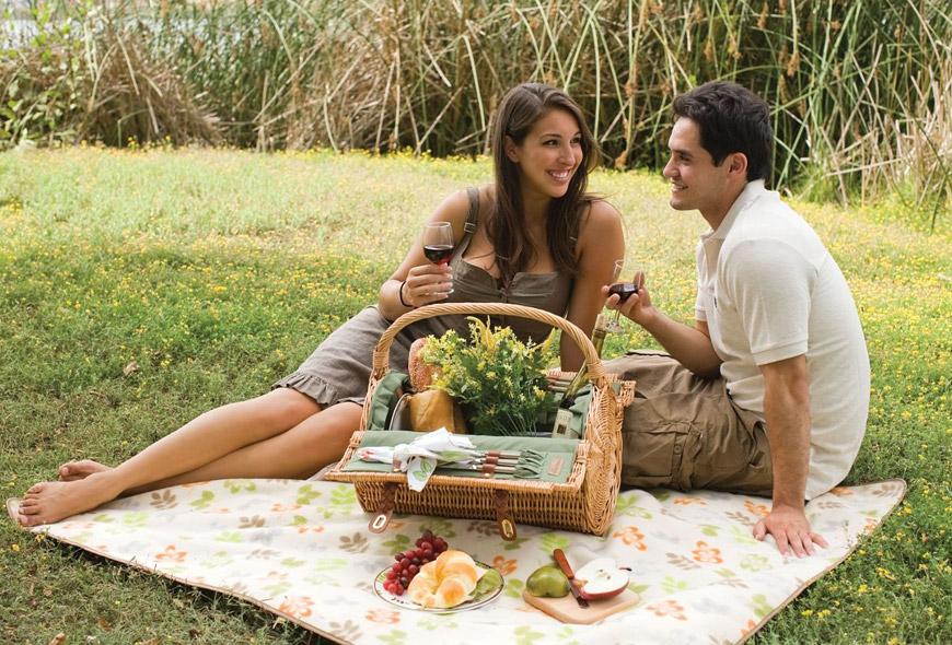 Bliv inspireret til en date med kæresten på nettet